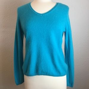 100% Cashmere Turquoise Charter Club sweater